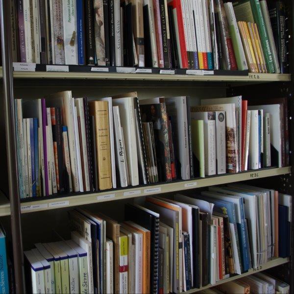 Bibliothèque des archives